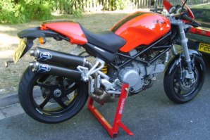 abba Stand on Ducati Monster S2R800