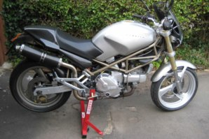 abba Superbike Stand on 1995 Ducati Monster