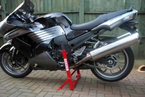 abba Superbike Stand on Kawasaki ZZR1400