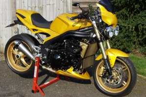 abba Superbike Stand on Triumph Speed Triple