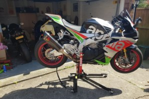 abba Sky Lift fitted to Aprilia RSV4